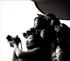 Wow, Photographers by zhoumlh