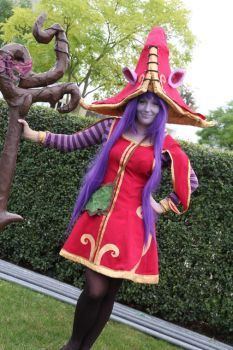 Lulu full picture League of Legends by TurquoiseXRose