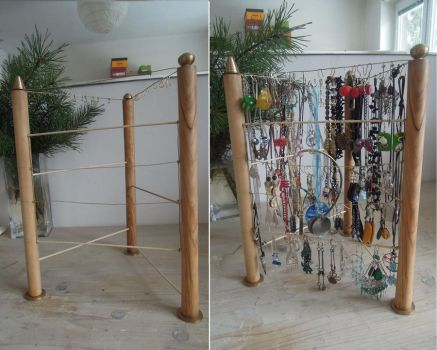 Jewellery stand by ladiane