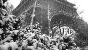 Paris -Snow- by rakel8a