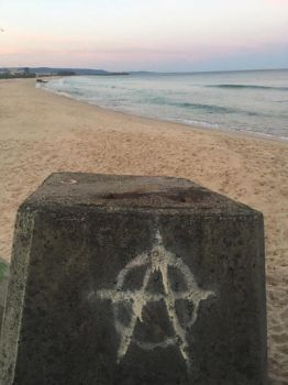 Anarchy on the beach  by MarieSixx13