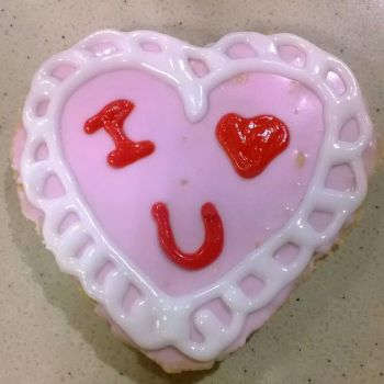 heart cookie by xomoonlitkissesxo