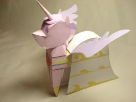 MLP - Princess Cadence Doll Papercraft by RocketmanTan