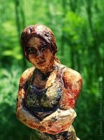 Lara Croft Surviror is born sculpture by LeksaArt