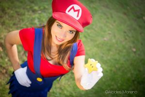 MArio Bross Crossplay by aratkrision