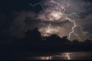 Uncontained lightning by nwo