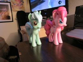 Lyra and Pinkie Funko Figures by EROCKERTORRES