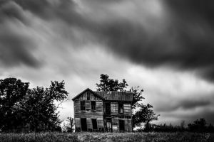 House of Ghosts by FabulaPhoto
