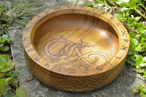 Dragon Ritual Bowl by UrnesAshTree