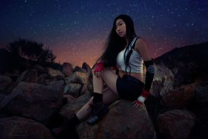Holding My Thoughts in My Heart - Tifa Lockhart by KeinekoWind