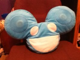 My Deadmau5 Pillow by Sasukii-chan9088