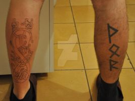 brother's celtic knot leg tattoo outlinin' 2 by Industriealptraume