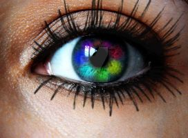 Rainbow eye by Hekate-Destiny