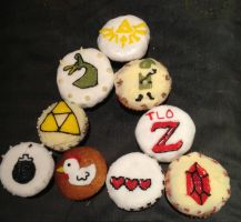 Zelda cupcakes by let-theflames-begin