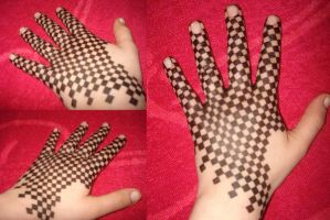 Check my checkered hand by Misstarretje
