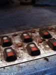 boutons rouges by urbex-fantasy