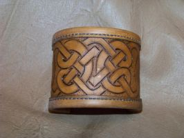 1st celtic  3' bracer a by MerrillsLeather