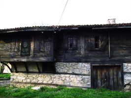 Old House 4 by ofeliq