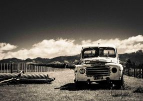 Abandoned Truck 2 by PauloHod