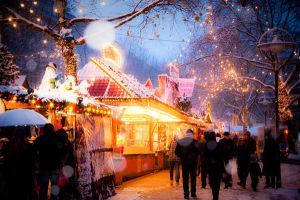 Christmas Market by artistryonice