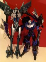 Steve and Starscream: Random Gift by TFP-Steeljaw
