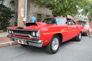 Red Road Runner by SwiftysGarage