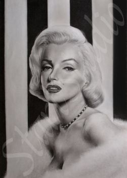 Marilyn Monroe drawing by JamiePickering