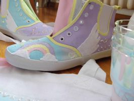 Keep on shining - customized shoes by Satoame