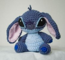 Stitch Amigurumi by pirateluv
