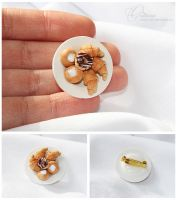 Brooch with pastries by OrionaJewelry