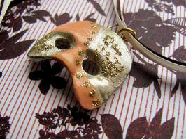 Half Masquerade Mask Necklace by Stripedy