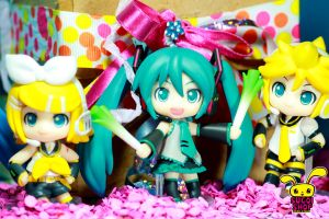 vocaloids2 by pikarina