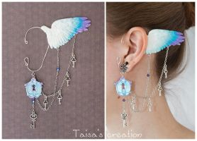 Ear Cuff ''Freedom'' by Taisa-Winged