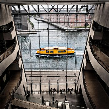Yellow Boat by chilouX