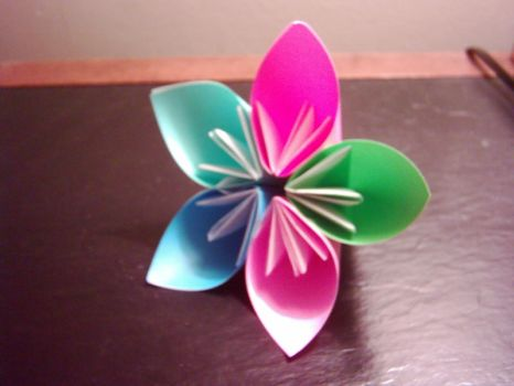 Origami Flower by whiterosa84