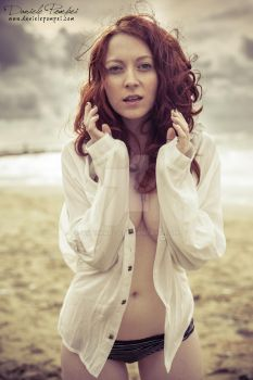 Ginger Beauty on the Beach by OttoMarzo