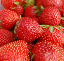 strawberries by FrauUlf
