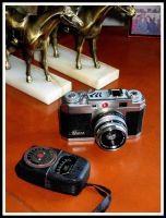 Restored Petri 2.8 rangefinder by FallisPhoto