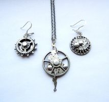 Steampunk Necklace Earring set - Random by bahgee