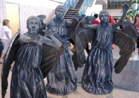 Weeping Angels - Don't Blink by ravenqueen22