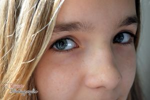 Your beautiful eyes by RougePhotographie