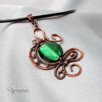 Hammered copper pendant with dichroic glass by artual