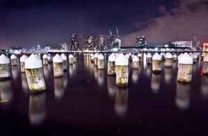 Dockland by night by bububoubou