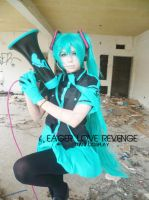 EAGER LOVE REVENGE. Hatsune Miku Cosplay by xeccentricity