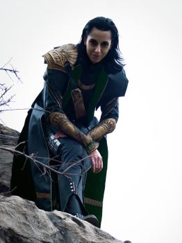 Loki Cosplay: Watching the Brawl by Abessinier