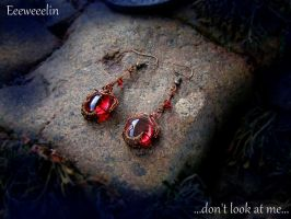 wire wrap earrings by eeeweeelin