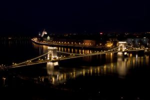 Night time in Budapest by KreatO123