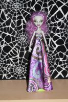 re-rooted Ghoulia by rainbow1977