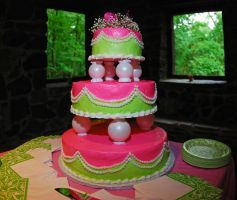 green and pink cake by objekt-stock