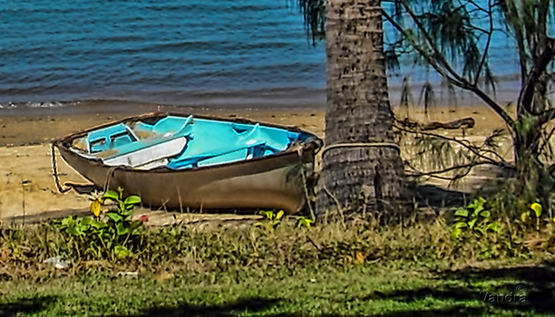 Beached Boat - photoseries 3 by vanndra